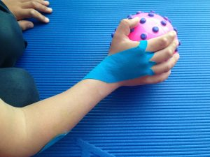 fisioterapia vendaje estiramiento